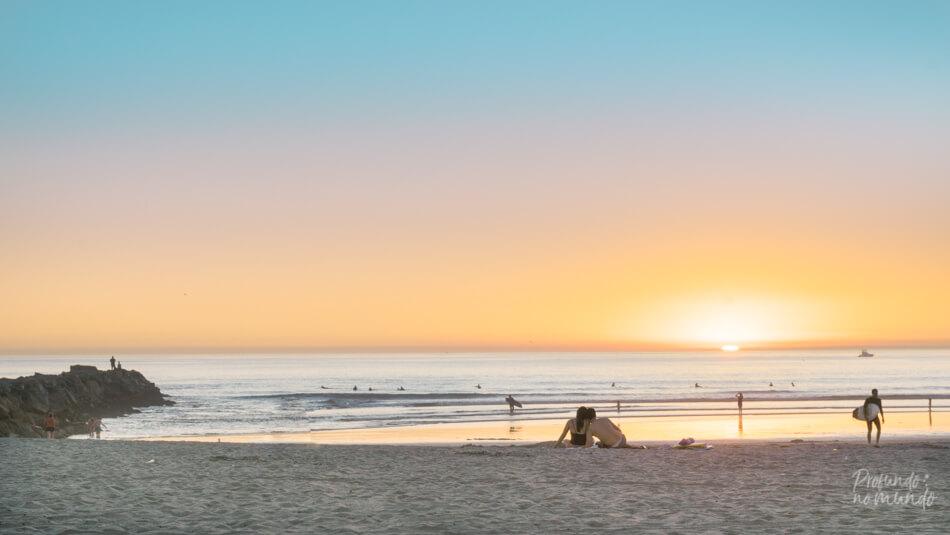 Por-do-sol na praia de Oceanside (California, EUA).